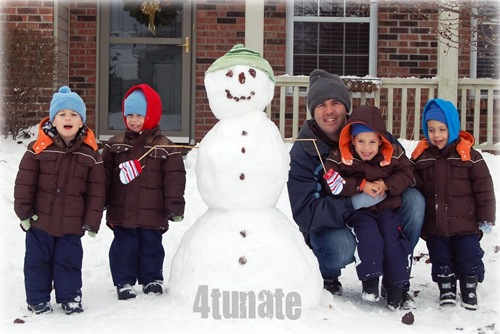 family picture with snowman