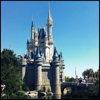cinderella's castle magic kingdom disney vacation