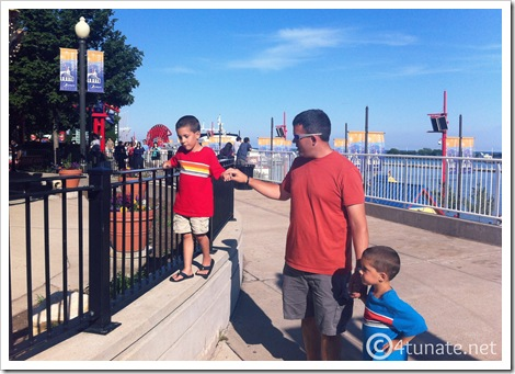 navy pier boardwalk with kids chicago