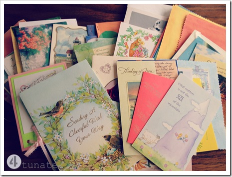 writing cards of encouragement for pregnant mothers